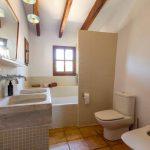 Renovatie badkamer met oude materialen