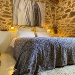Slaapkamer decoratie en renovatie in oude schaapskooi