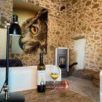 Inrichting en decoratie woonkamer natuurstenen huisje